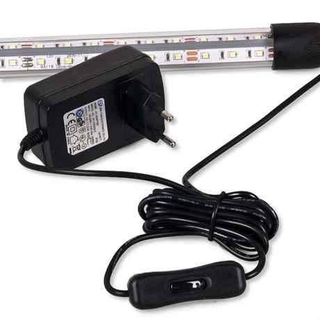 die LED Leuchte mit Netzteil und Schalter des Diversa Startup Set
