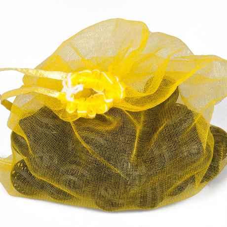 Biobälle im gelben Netzsack für Teich Filter