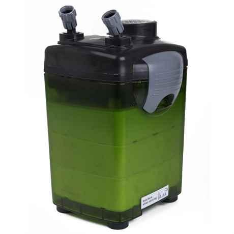 Das grüne Filtergehäuse mit dem Pumpenkopf