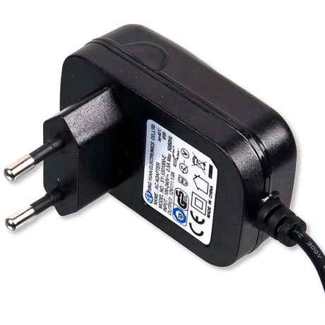 das hochwertige 220 Volt Netzteil für die LED Module