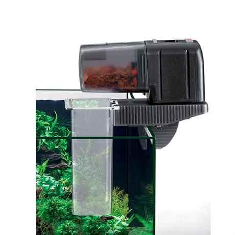 Der EHEIM autofeeder zusammen mit der feedingstation