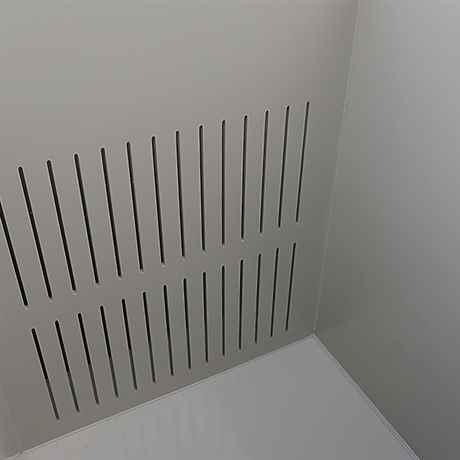 Trennwand und Überlaufkammer aus PP gefertigt